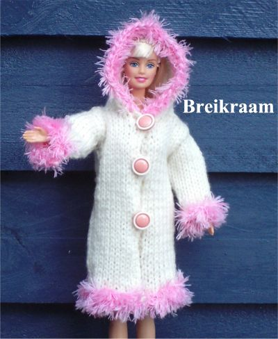 Breipatroon Barbie Jas met   capuchon
